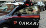 Minaccia la madre e tenta di gettare olio bollente addosso ai carabinieri
