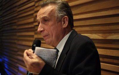 """Vaccinazioni di massa,  Straniero: """"Nessun centro massivo in provincia di Lecco. Inaccettabile"""""""
