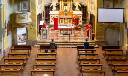 La messa del Giovedì Santo in una surreale chiesa di Sant'Ambrogio vuota FOTOGALLERY
