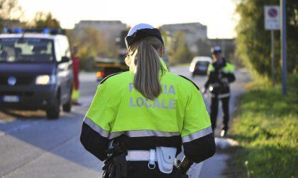 Chiusa al traffico dei veicoli la strada in centro paese per interventi di riqualificazione