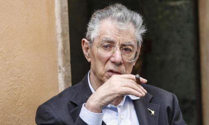 Umberto Bossi ricoverato in ospedale dopo un malore in casa