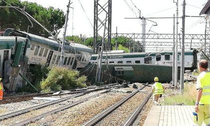 Deraglia un treno a Carnate: tutti gli aggiornamenti FOTO E VIDEO