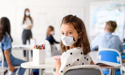 Casi di Covid nelle scuole lecchesi: oggi il confronto