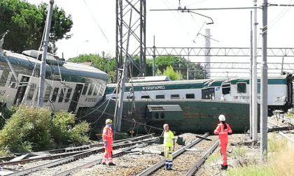 Treno deragliato: indagati macchinista e capotreno
