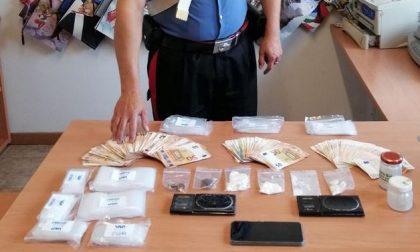 Spaccio: 41enne in manette. Beccato con la droga e oltre 13mila euro in contanti