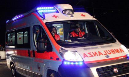 Tragedia nell'Isola Bergamasca: ventenne perde la vita in un incidente in moto, ferita una 17enne