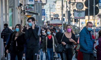 Contagi in salita: si pensa a chiudere Milano e torna lo spettro del lockdown