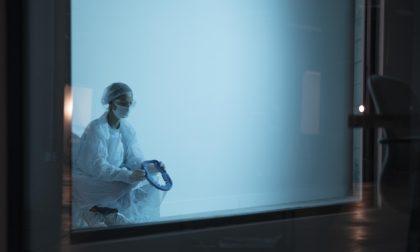 Coronavirus: tornano a salire i contagi, ma i ricoverati diminuiscono. 57 casi a Lecco e 104 a Bergamo