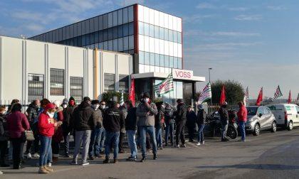 I musicanti della banda in campo per portare solidarietà ai lavoratori della Voss