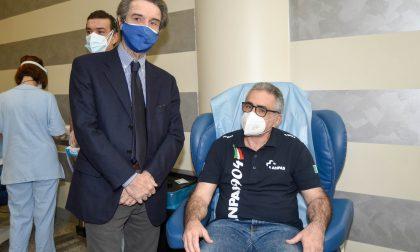 Covid, LE FOTO dei primi vaccinati in Lombardia