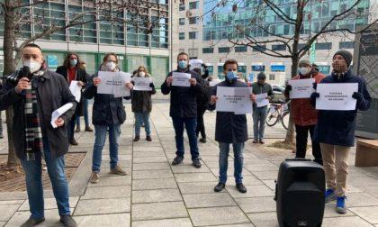 Pirellone: flashmob del Movimento 5 Stelle contro la nuova Giunta Fontana