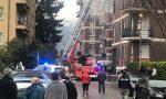 Devastante incendio a Malgrate, pesantissimo il bilancio: marito e moglie in ospedale in codice rosso, tre donne e due bambini intossicati