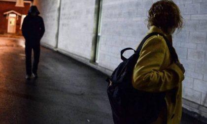 """""""Non abbassate mai la guardia"""", la testimonianza di una donna che ha denunciato il suo stalker"""
