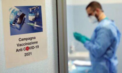 """Centri vaccinali bloccati, Ats assicura: """"Chi è stato vaccinato a Olgiate riceverà la seconda dose sempre a Olgiate"""""""