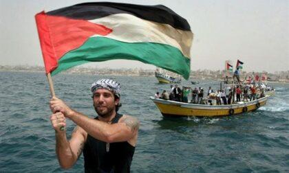 """""""Le Ali di Vik"""": un podcast per ricordare Vittorio Arrigoni a dieci anni dalla sua scomparsa"""