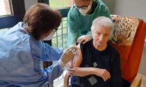 Corte Busca, conclusa la vaccinazione per 20 anziani FOTO