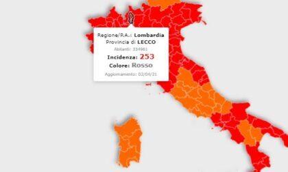 La Lombardia resta in zona rossa, ma l'indice Rt (a 0.89) scende. Incidenza ancora in calo nel Lecchese
