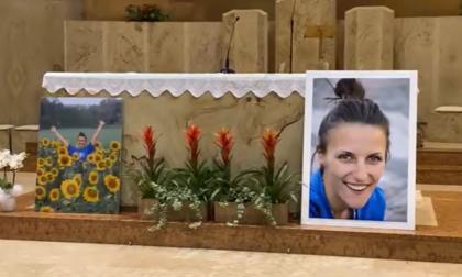 Francesca Fumagalli, commozione alla veglia a Valaperta: venerdì il funerale