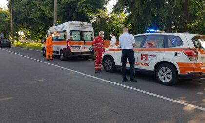 Soccorsi mobilitati per un 66enne caduto in bici