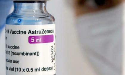 AstraZeneca: via libera alle seconde dosi programmate anche tra gli under 60