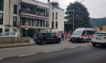 80enne colpito da malore in strada: è in gravi condizioni