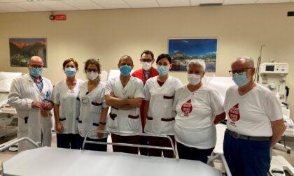 L'Avis di Costa Masnaga dona una barella all'ospedale di Lecco