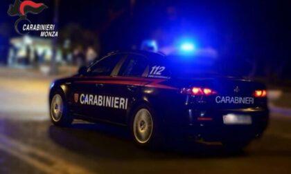 Assurdo in Brianza: arrestati padre e figlio ubriachi alla guida di un furgone