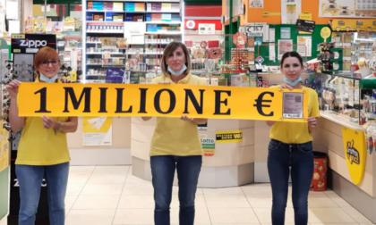 La dea bendata bacia il Comasco:  donna vince un milione di euro giocandone due