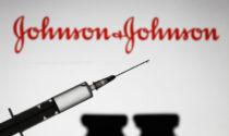 Over 60 non vaccinati: accesso libero nei centri e dose unica Johnson&Johnson