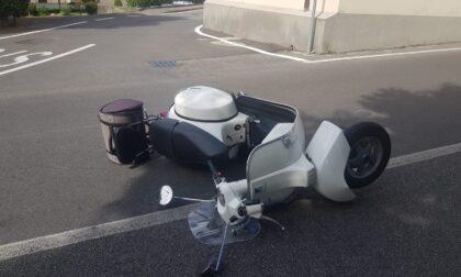 Incidente allo stop: scontro auto-moto