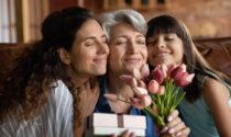Fate gli auguri ai nonni con una dolce e originale rima sul Giornale di Merate