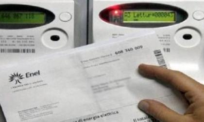 Stangata bollette: a Lecco e Como rincari insostenibili