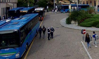 Scuola, scatta il piano anti assembramenti: controlli nelle stazioni lecchesi e guardie giurate sui bus