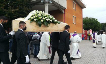 Don Costantino Prina: tantissimi fedeli al funerale